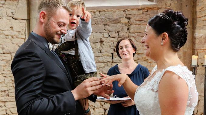 Nadine Lang freie Trauungen Saarland Hochzeitsrednerin